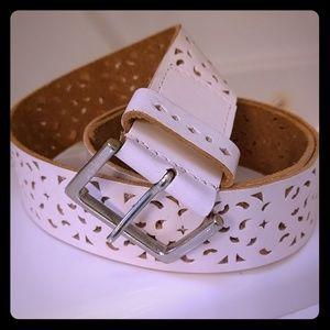 Leather belt fun cutout design cream NWOT
